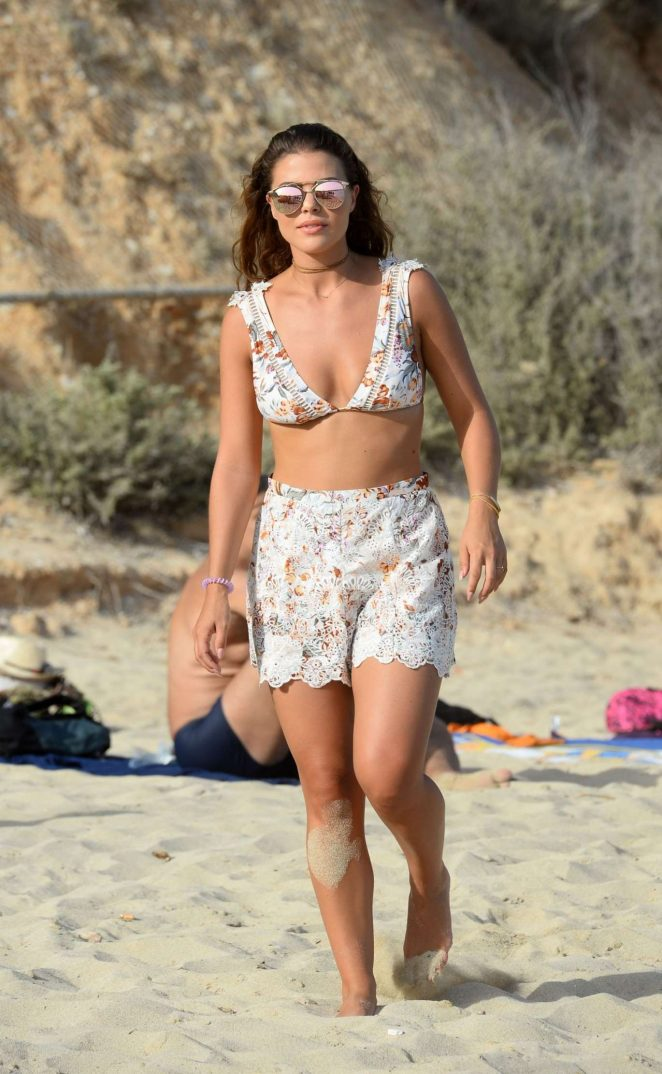 Chloe Lewis in Bikini Top Filming The Only Way is Essex -05