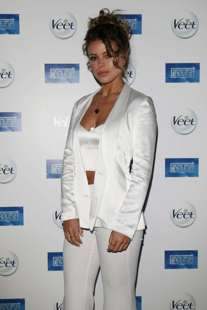 Chloe Lewis – 'The Only Way Is Essex' Premiere in Chigwell