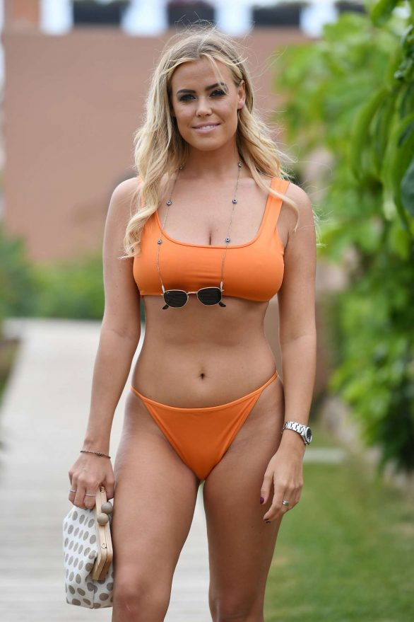 Chloe Meadows in Bikini - 'The Only Way Is Essex' Filming in Marbella