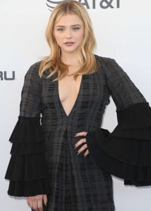 Chloe Moretz - 2019 Film Independent Spirit Awards in Santa Monica