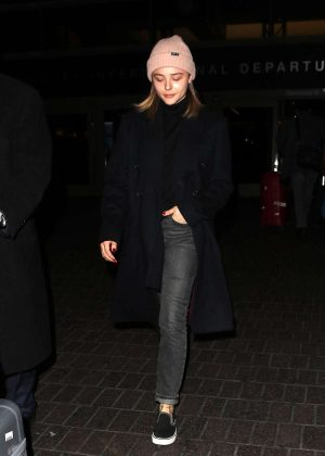 Chloe Moretz - Arrives at LAX Airport in Los Angeles