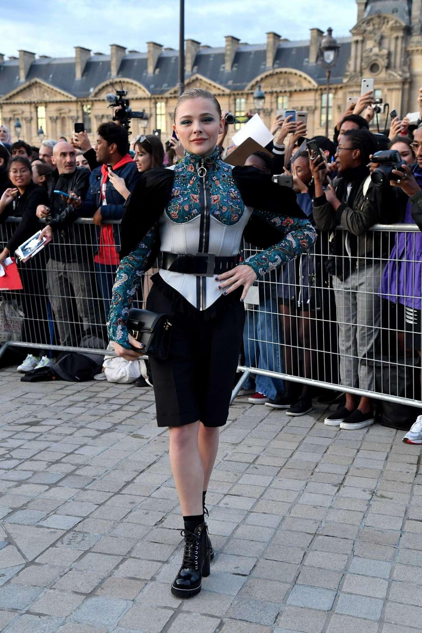 Chloe Moretz 2019 : Chloe Moretz – Arrives at Louis Vuitton SS 20020 Paris Fashion Show-04