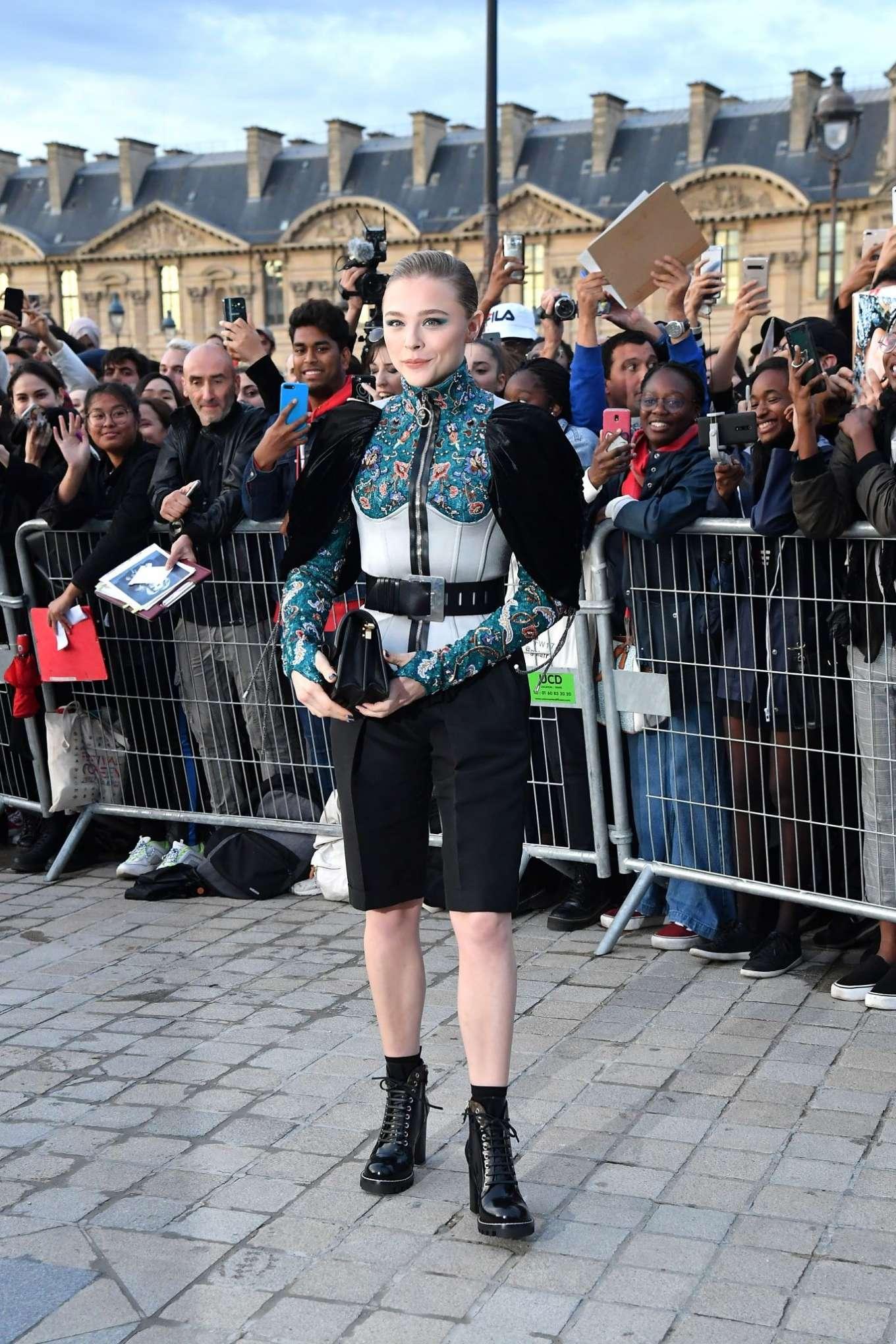 Chloe Moretz 2019 : Chloe Moretz – Arrives at Louis Vuitton SS 20020 Paris Fashion Show-05