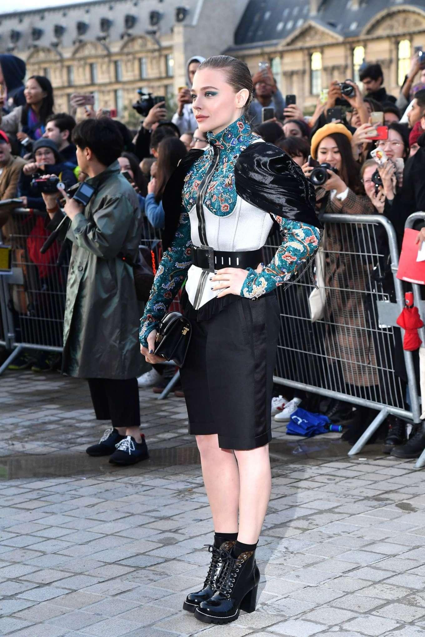 Chloe Moretz 2019 : Chloe Moretz – Arrives at Louis Vuitton SS 20020 Paris Fashion Show-07