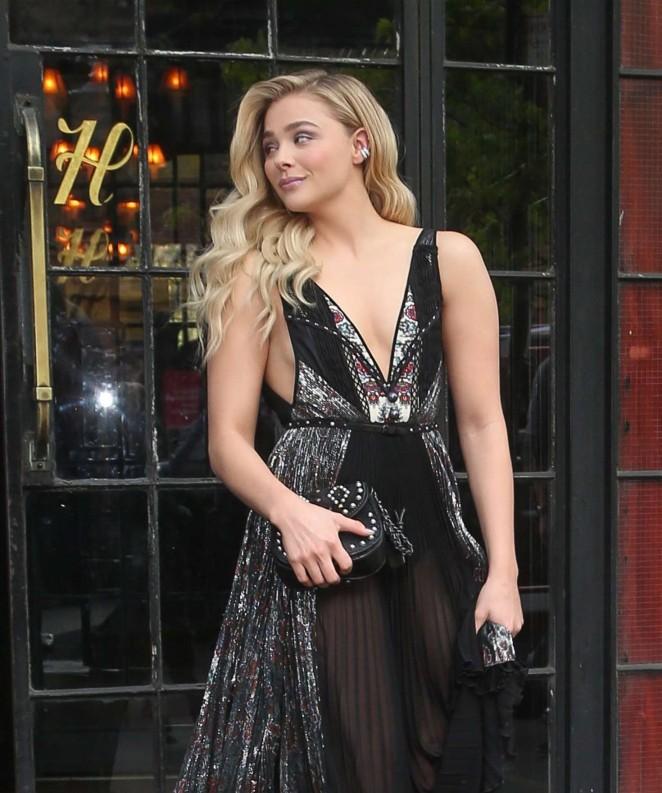 Chloe Moretz - Arriving at 2016 Met Gala in NYC