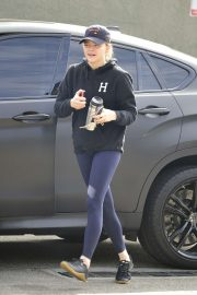 Chloe Moretz - Arriving for a workout in West Hollywood