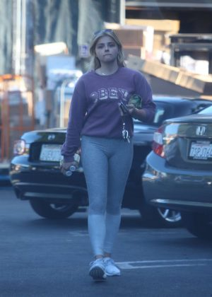 Chloe Moretz at a Grocery Store in Los Angeles