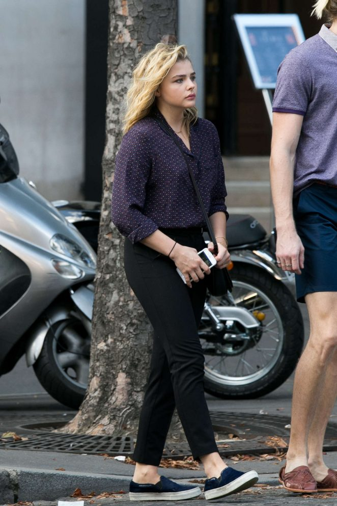 Chloe Moretz Booty in Black Pants -13