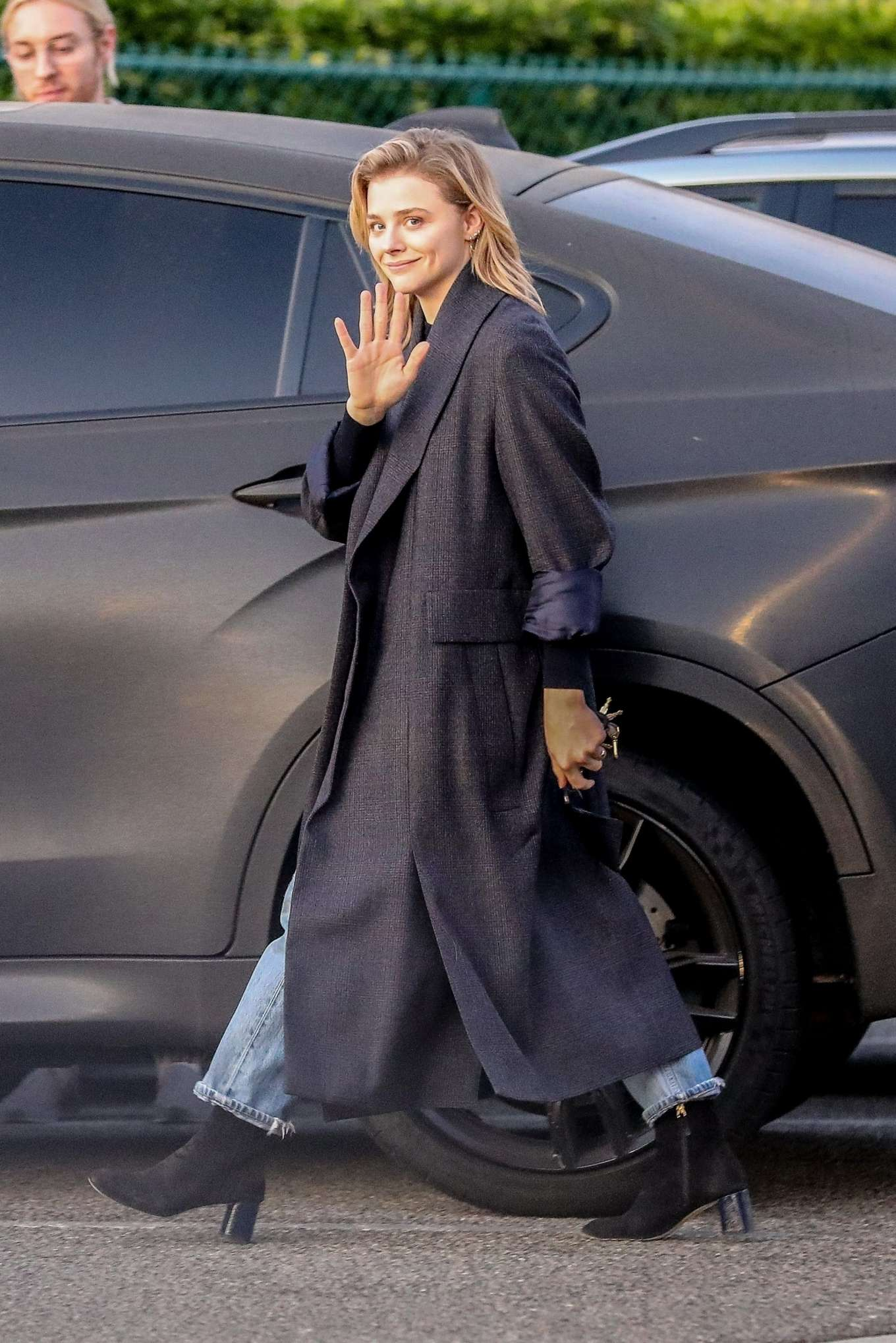 Chloe Moretz 2019 : Chloe Moretz in Long Coat – Out in Beverly Hills-10