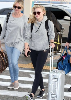 Chloe Moretz in Tights at Incheon Airport -03