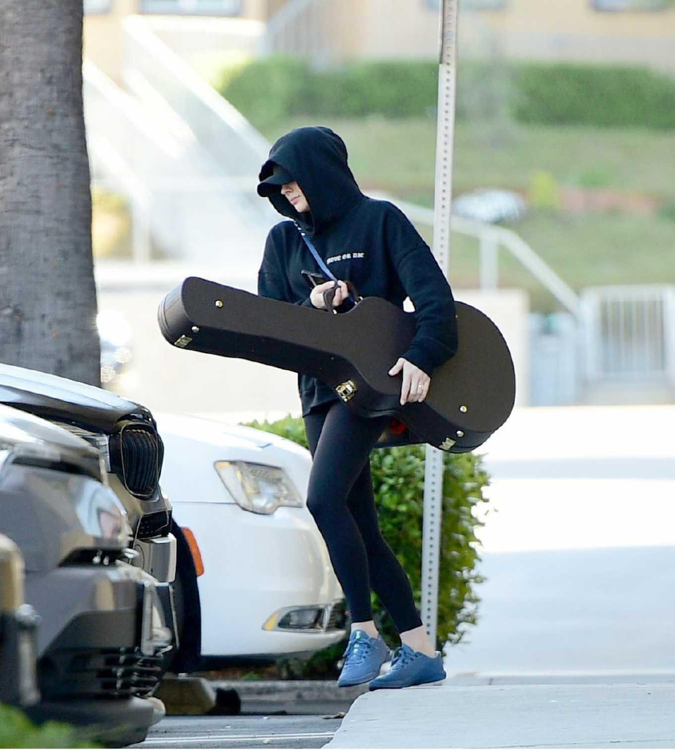 Chloe Moretz 2020 : Chloe Moretz – Leaving a studio in Los Angeles-08