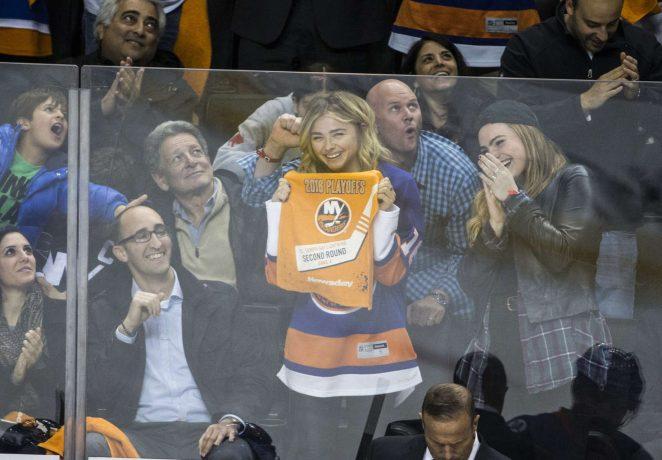 Chloe Moretz – New York Islanders vs Tampa Lightning in Brooklyn