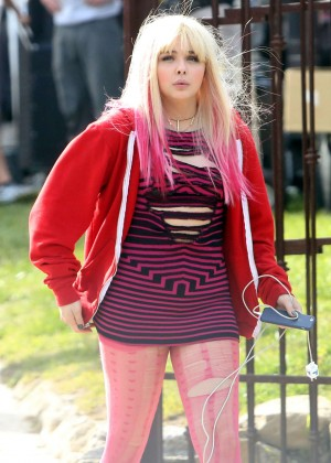 Chloe Moretz - On set of 'Neighbors 2' in Los Angeles