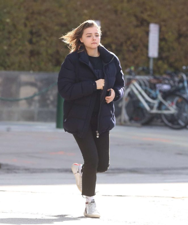 Chloe Moretz - Out for lunch in Toronto
