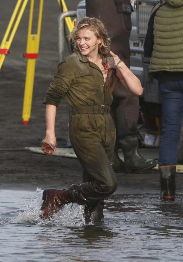 Chloe Moretz: Shadow in the Cloud movie set in New Zealand -03