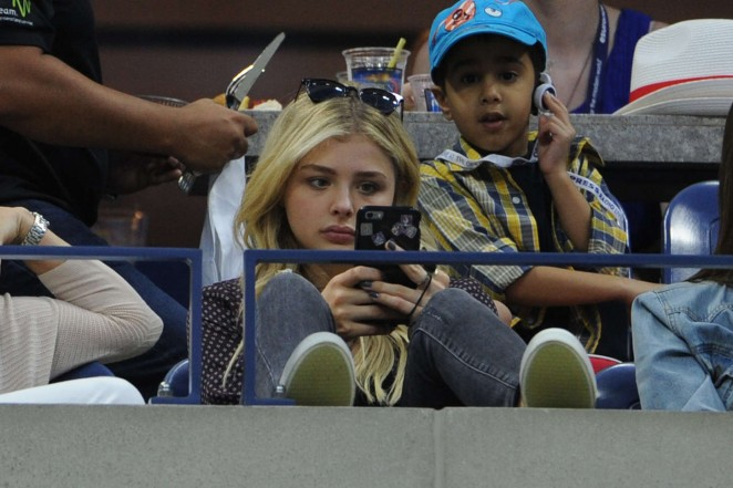 Chloe Moretz – Watching the US Open in New York