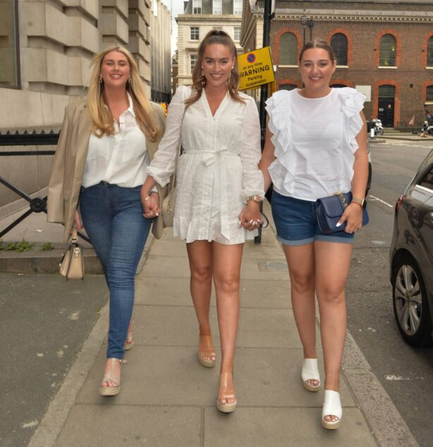 Chloe Ross - Spotted heading for dinner at MKNY house in Mayfair