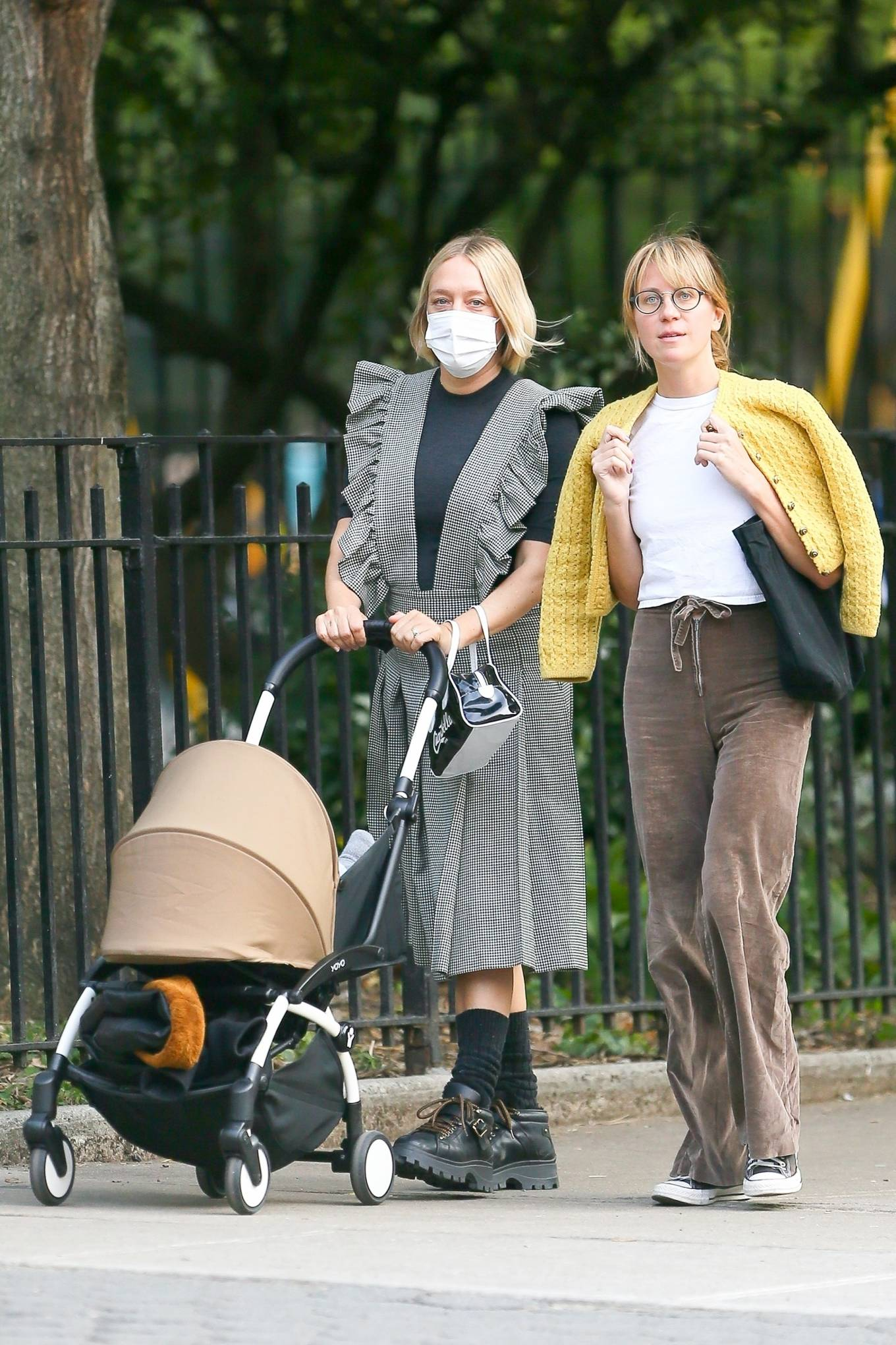 Chloe Sevigny 2020 : Chloe Sevigny – Out for a walk with her baby and a friend in New York-01