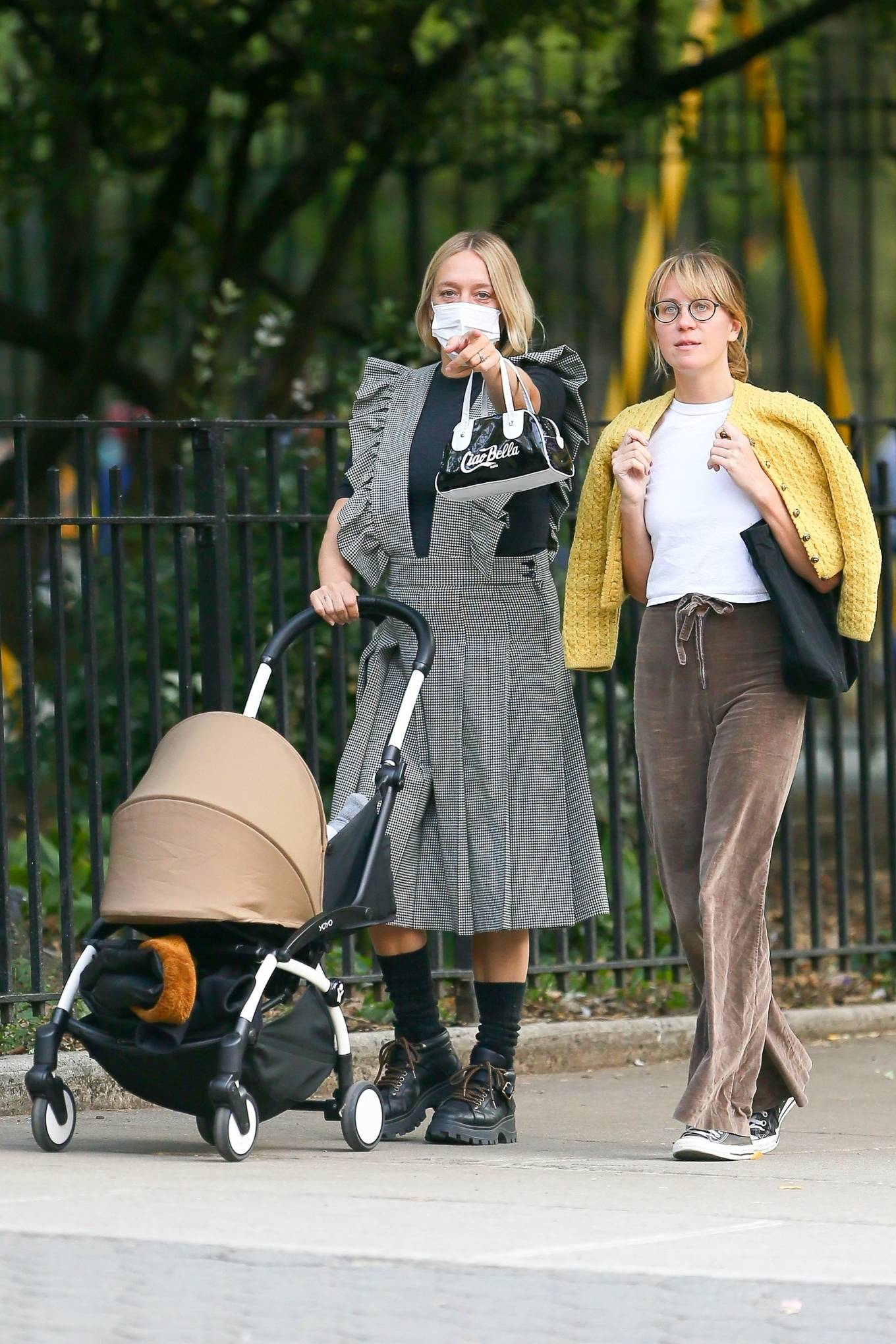 Chloe Sevigny 2020 : Chloe Sevigny – Out for a walk with her baby and a friend in New York-02