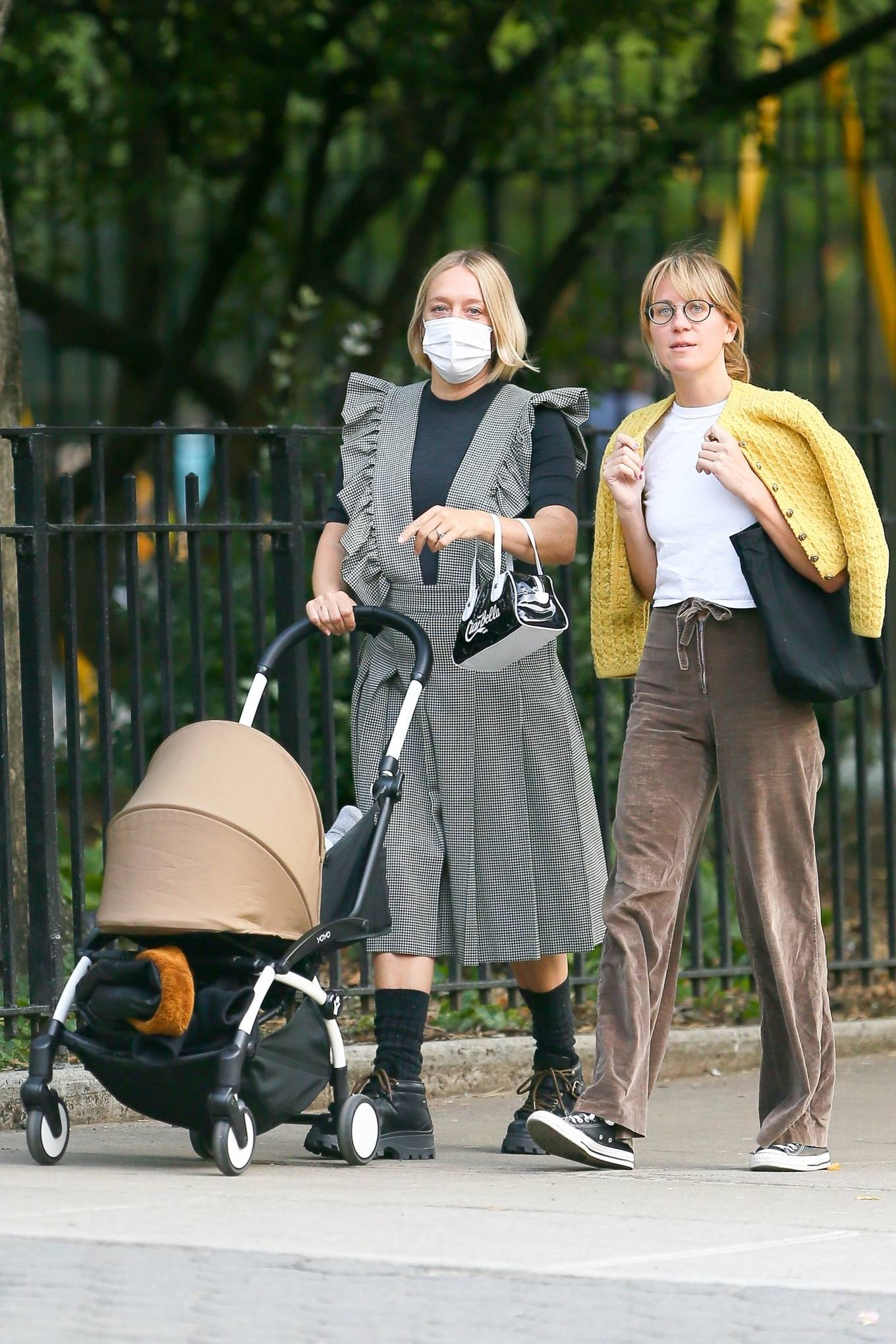 Chloe Sevigny 2020 : Chloe Sevigny – Out for a walk with her baby and a friend in New York-03
