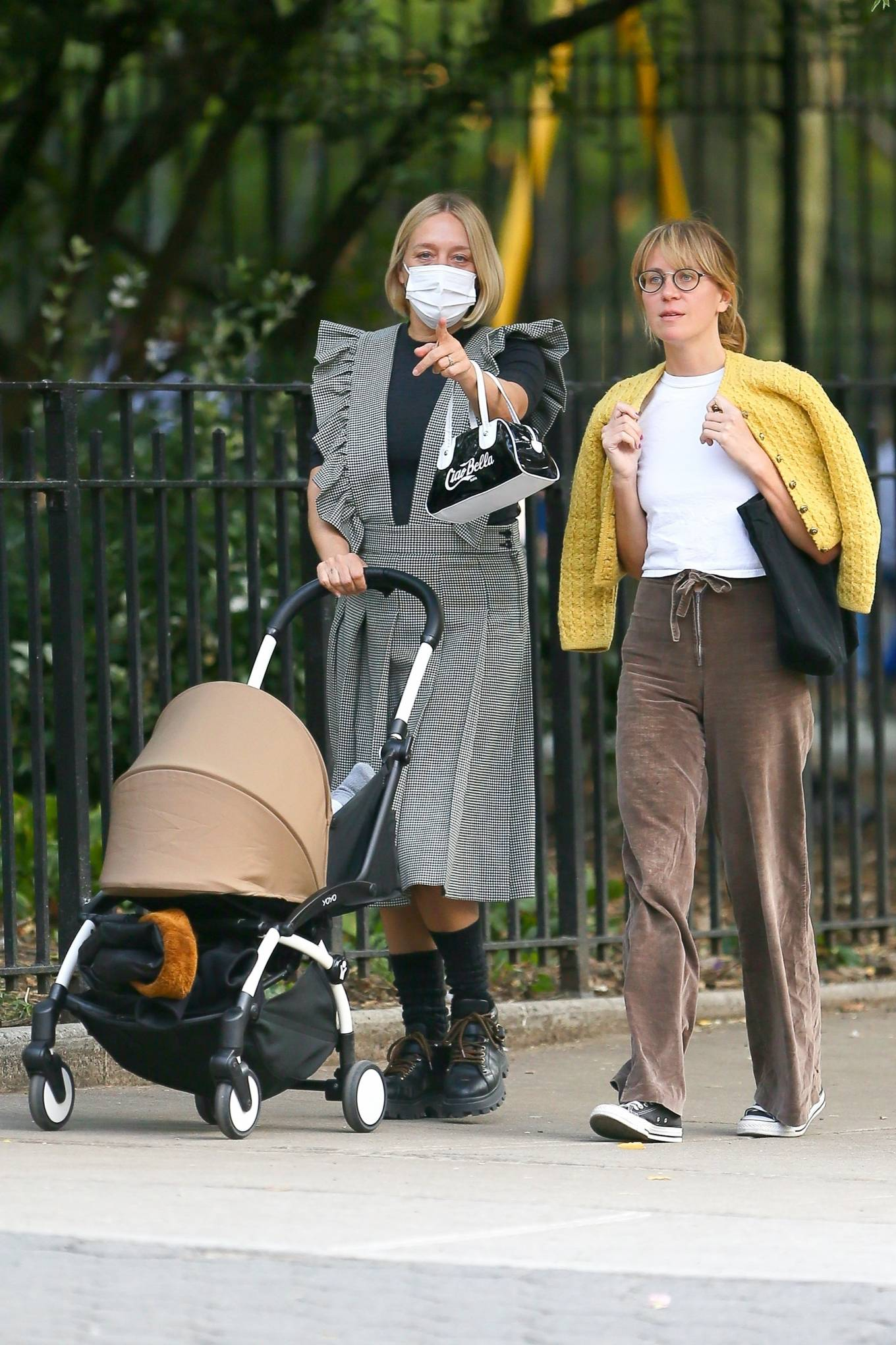 Chloe Sevigny 2020 : Chloe Sevigny – Out for a walk with her baby and a friend in New York-05