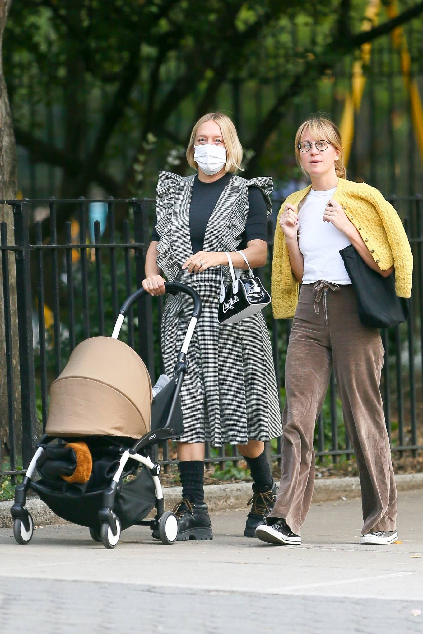 Chloe Sevigny 2020 : Chloe Sevigny – Out for a walk with her baby and a friend in New York-06