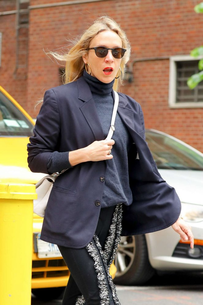 Chloe Sevigny - Walking around in New York