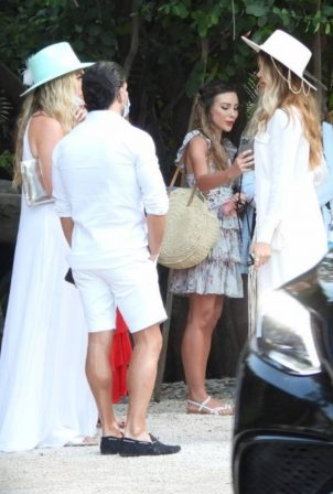 Chloe Sims and Frankie Essex - Leave the restaurant Kin Toh in Tulum