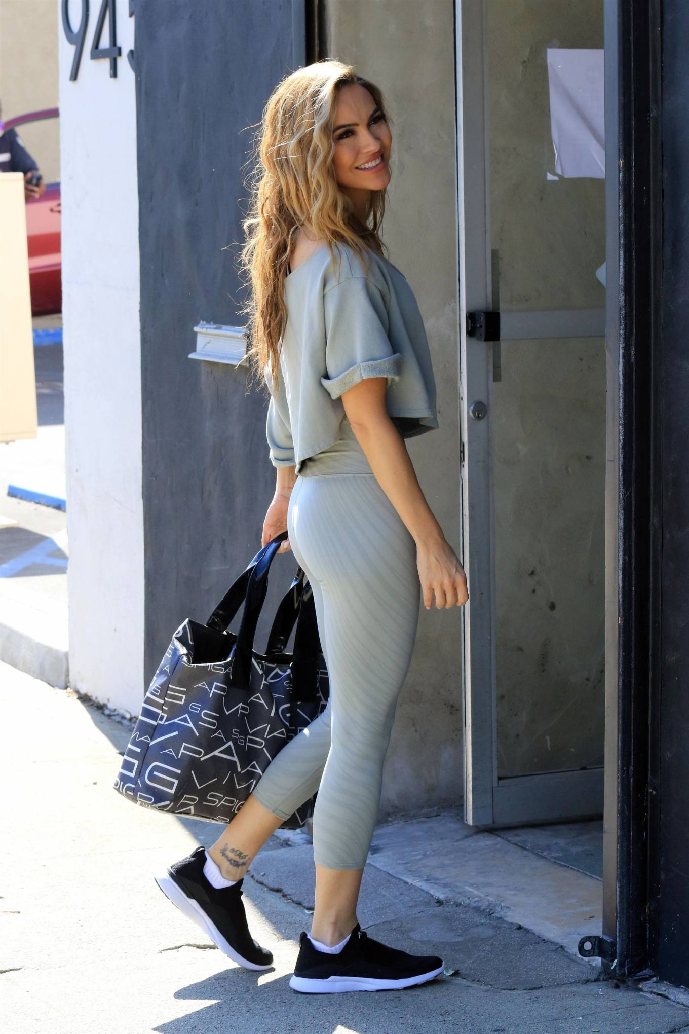 Chrishell Stause 2020 : Chrishell Stause – All smiles as she walks into the DWTS studio in Los Angeles-06