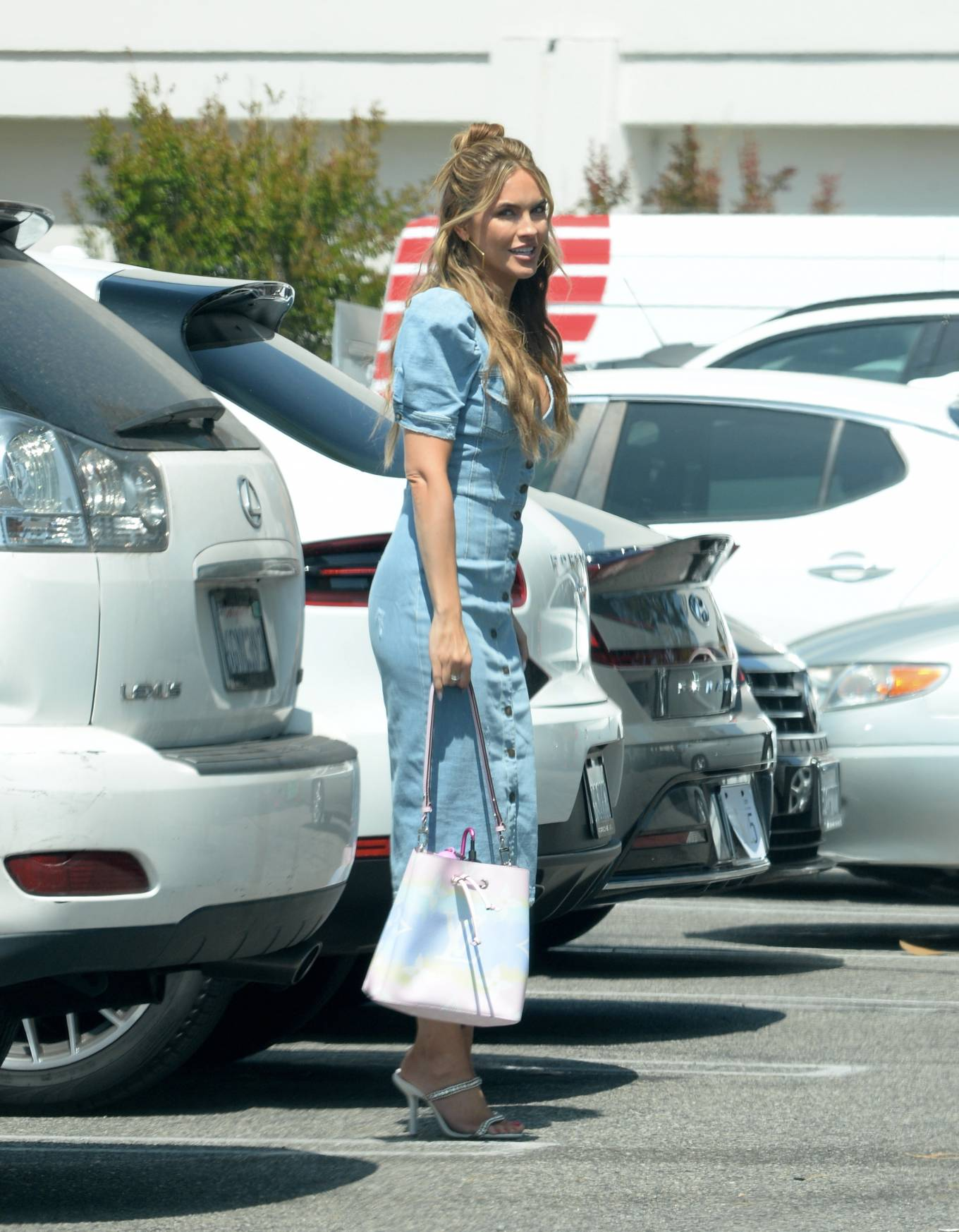 Chrishell Stause 2021 : Chrishell Stause – Leaving her office in Los Angeles-04