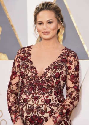 Chrissy Teigen - 2016 Oscars in Hollywood