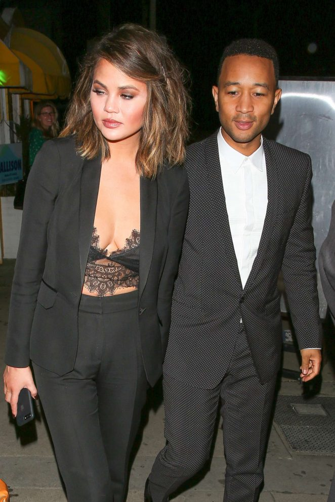 Chrissy Teigen - Arrives at Giorgio Baldi in Santa Monica