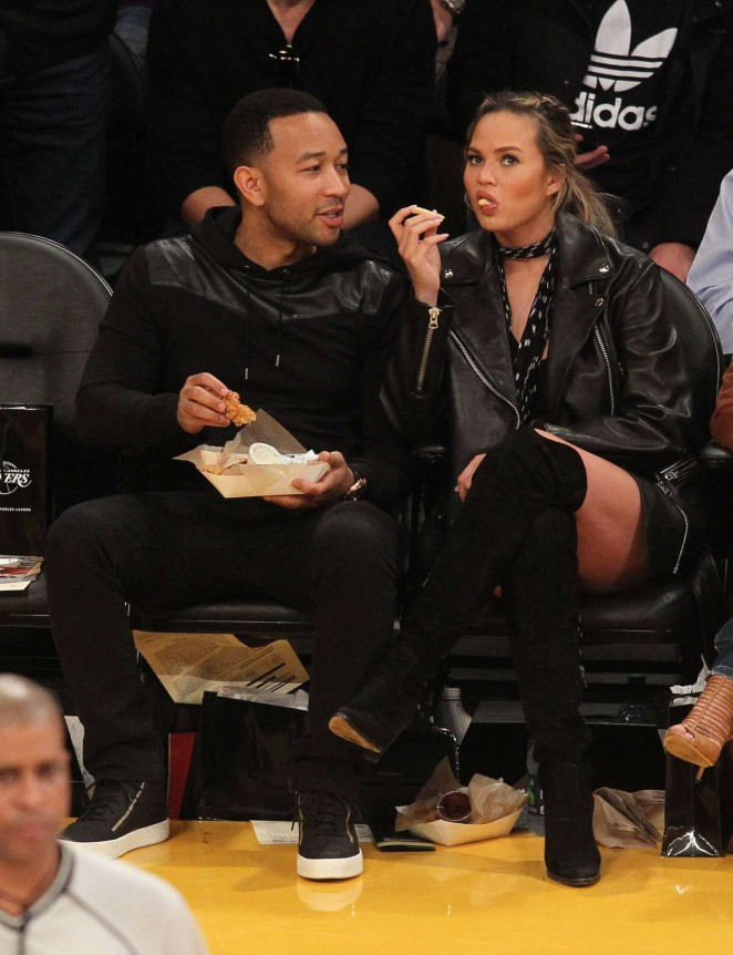 Chrissy Teigen at Lakers Game in Los Angeles