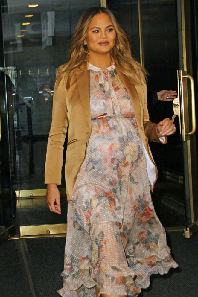 Chrissy Teigen in Floral Dress for an appearance on Good Morning America in NY