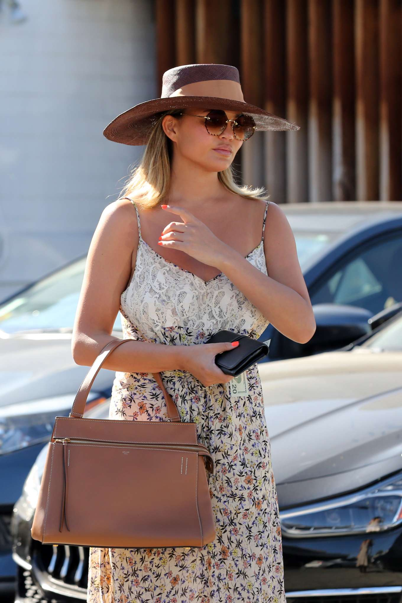 Chrissy Teigen 2019 : Chrissy Teigen – Leaving Meche hair salon in Beverly Hills-12