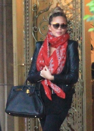 Chrissy Teigen - Leaving the Regent Beverly Wilshire in Beverly Hills