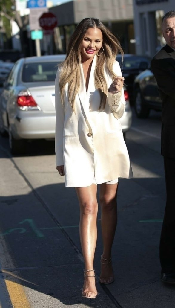 Chrissy Teigen - Lunch at Olivetta in West Hollywood