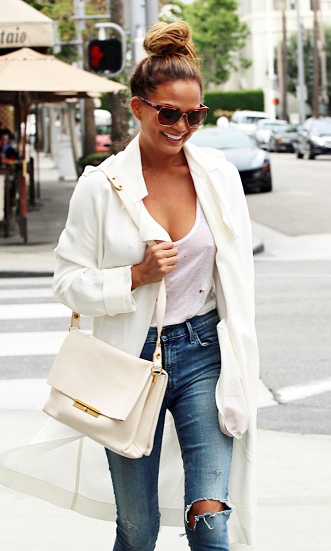 Chrissy Teigen in Ripped Jeans Out in LA