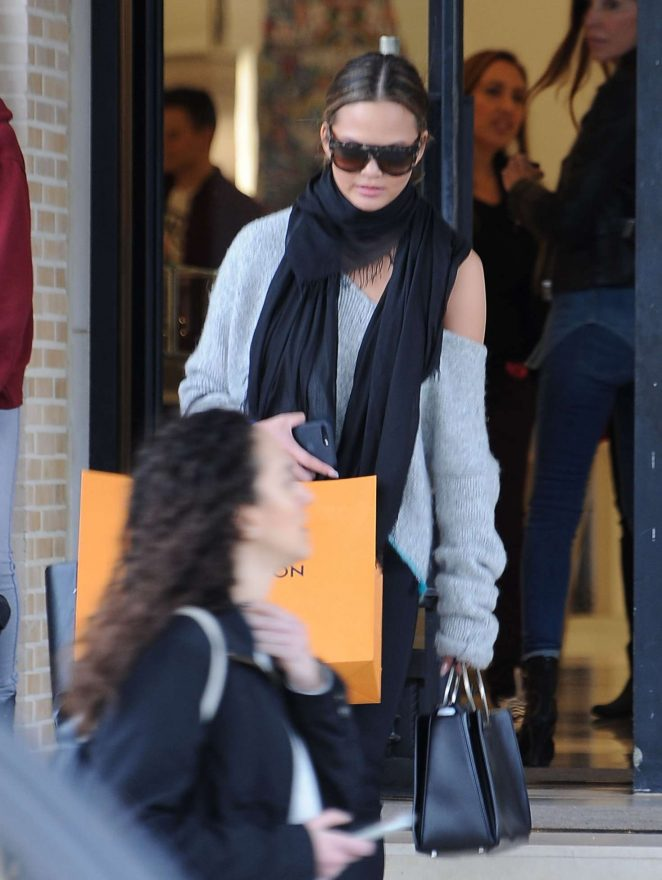 Chrissy Teigen Out Shopping in Beverly Hills