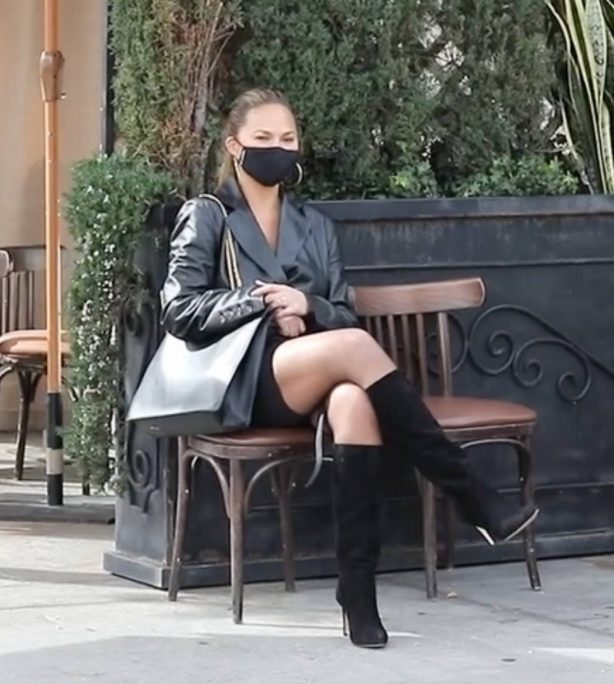Chrissy Teigen - Seen at a lunch date at Il Pastaio in Beverly Hills