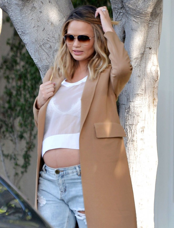 Chrissy Teigen - Shopping in West Hollywood