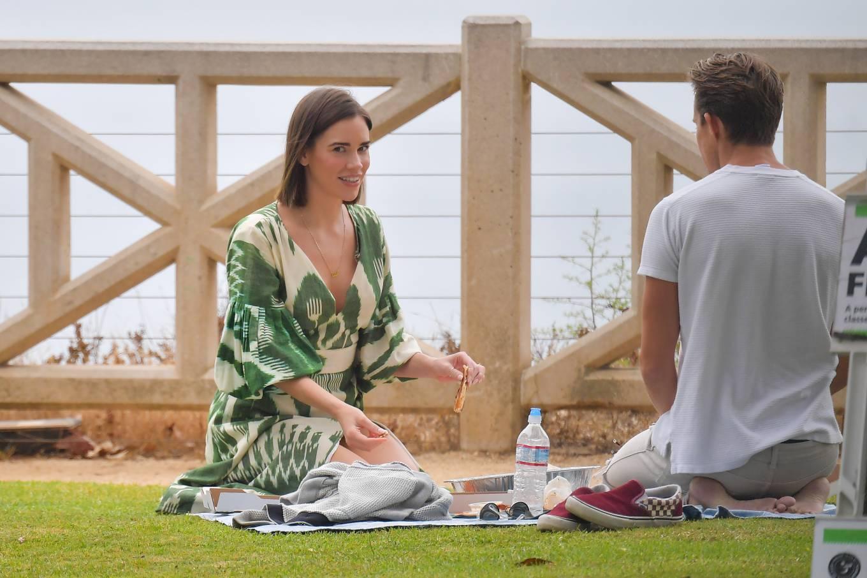 Christa Allen 2020 : Christa Allen – Seen at picnic lunch with a friend in Santa Monica -01