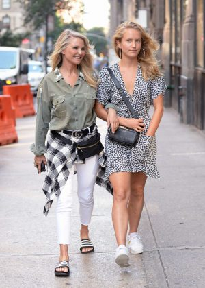 Christie and Sailor Brinkley - Out for lunch in New York City