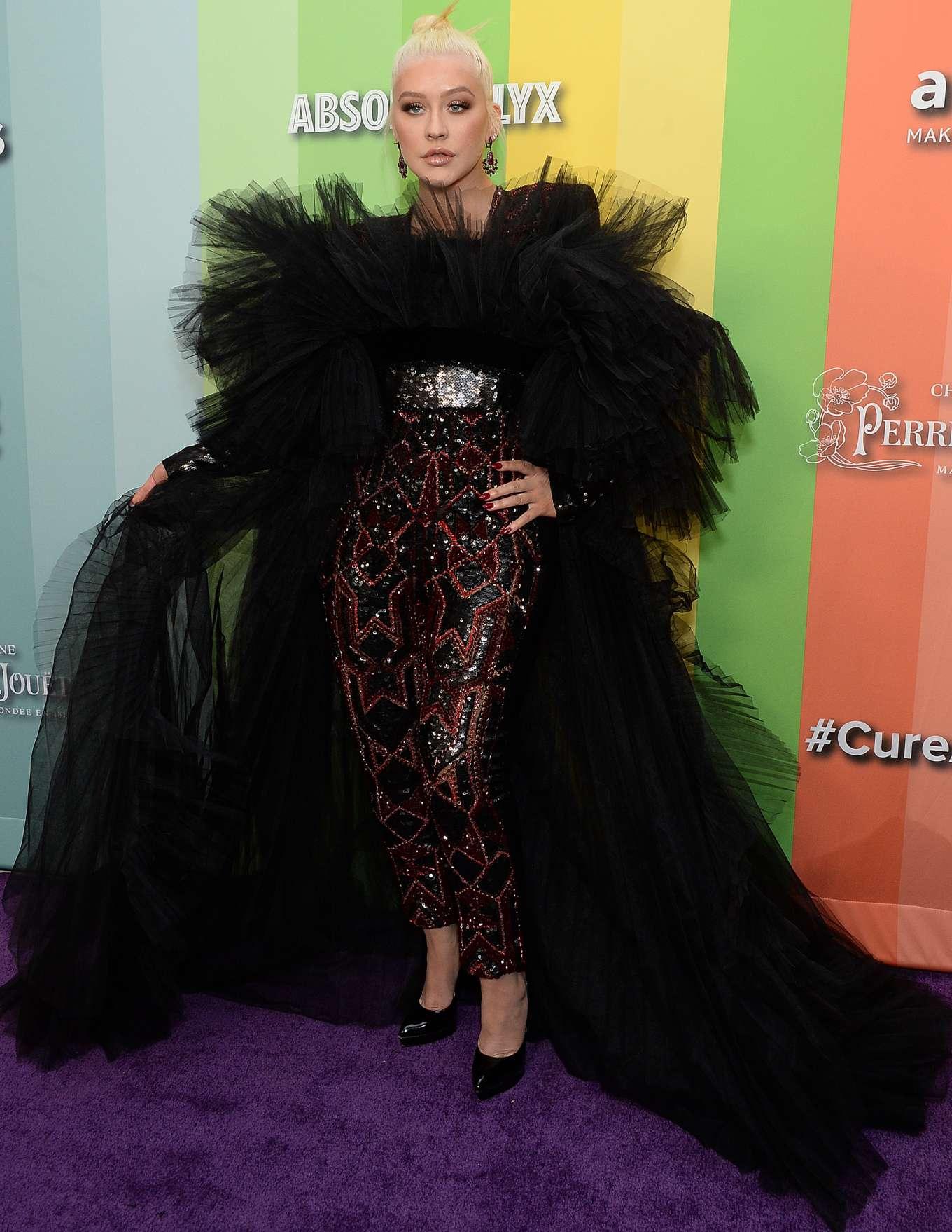 Christina Aguilera - 2019 amfAR Gala in Los Angeles