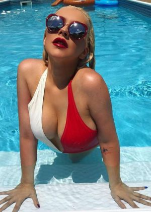 Christina Aguilera in Swimsuit - Instagram