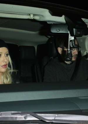 Christina Aguilera - Leaves a dinner date at Craig's in West Hollywood