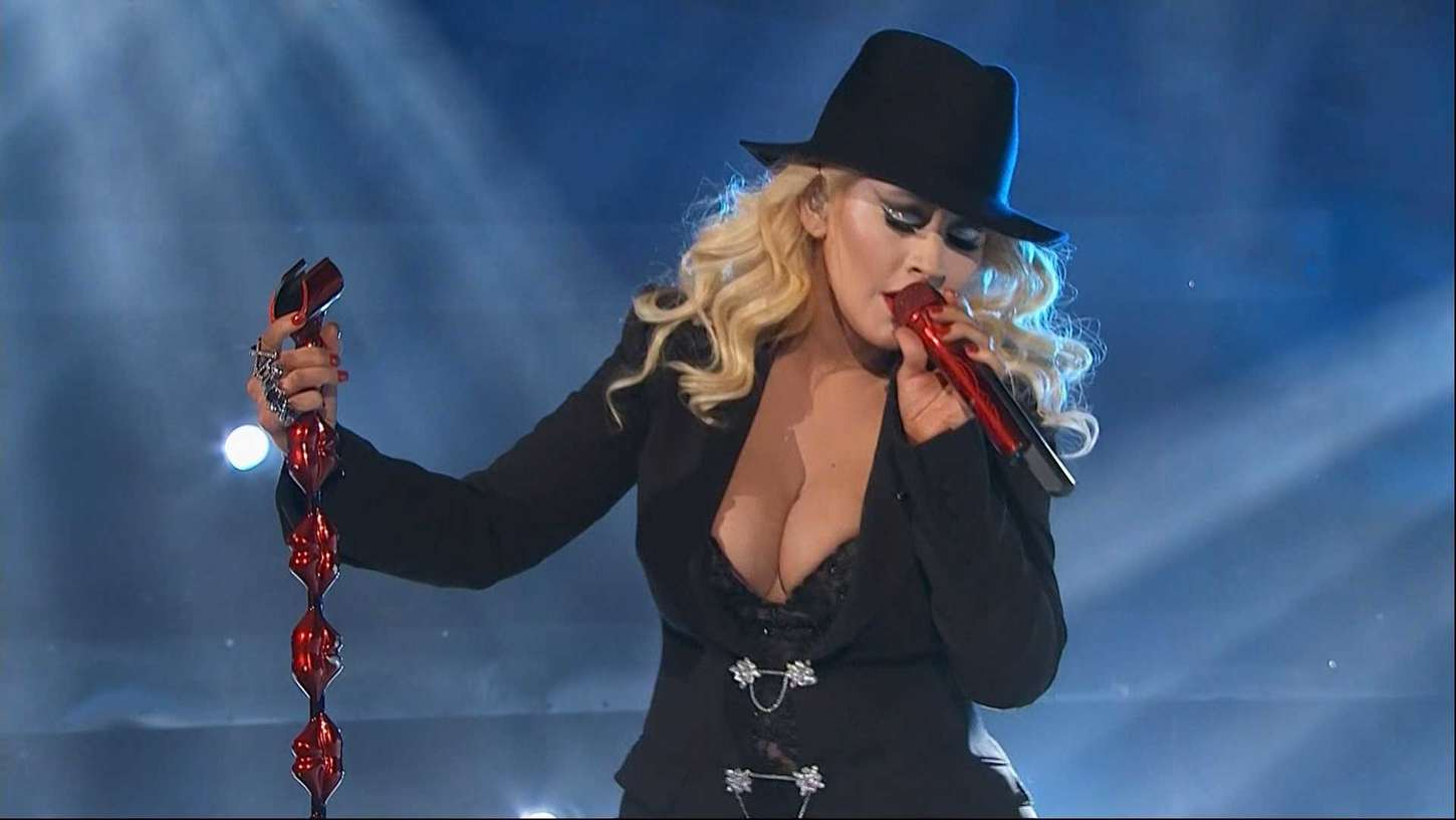 Christina Aguilera - NBA All-Star Opening 2015 in NYC