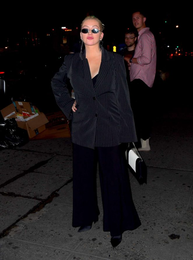 Christina Aguilera – Night out in New York