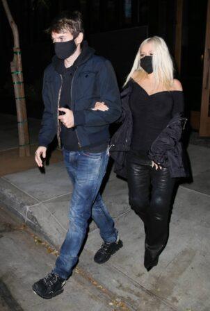 Christina Aguilera - Out for a date in Malibu