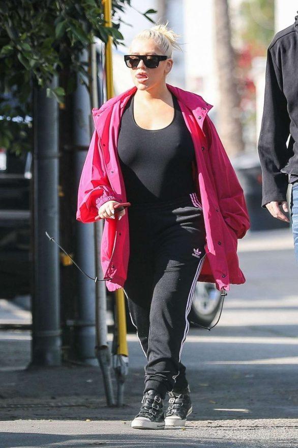 Christina Aguilera - Out in Santa Monica